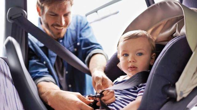 Правила перевозки детей в автомобиле в 2019 году: последние новости
